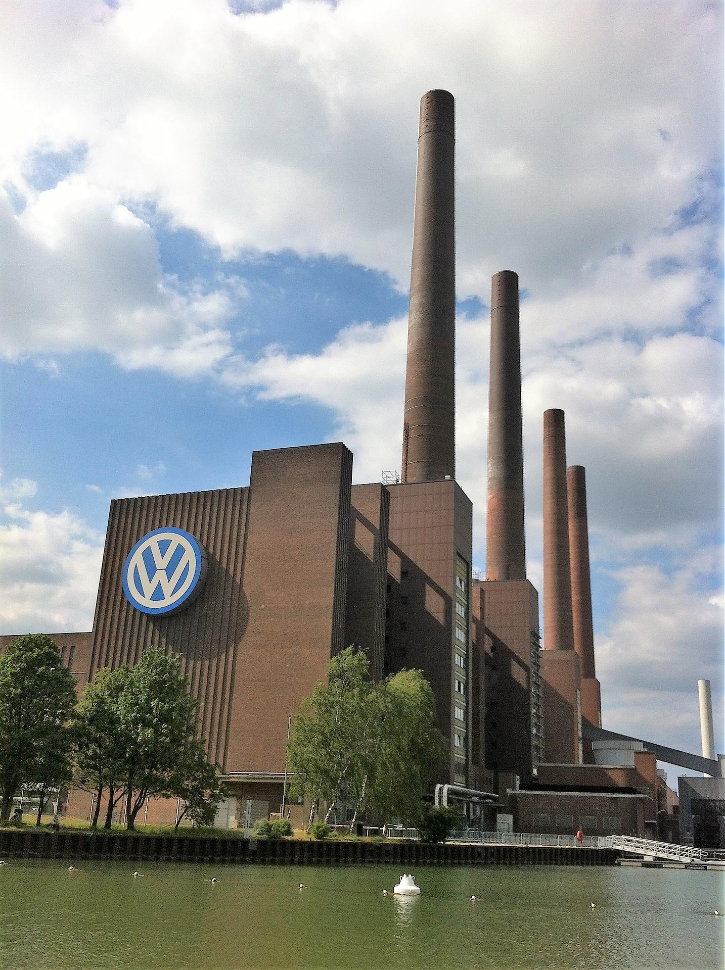Türme des alten VW Kraftwerkes